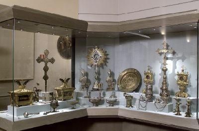 Museo masaccio d 39 arte sacra di s pietro a cascia for Arredi sacri milano